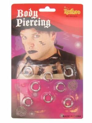 8 piercings op kaart