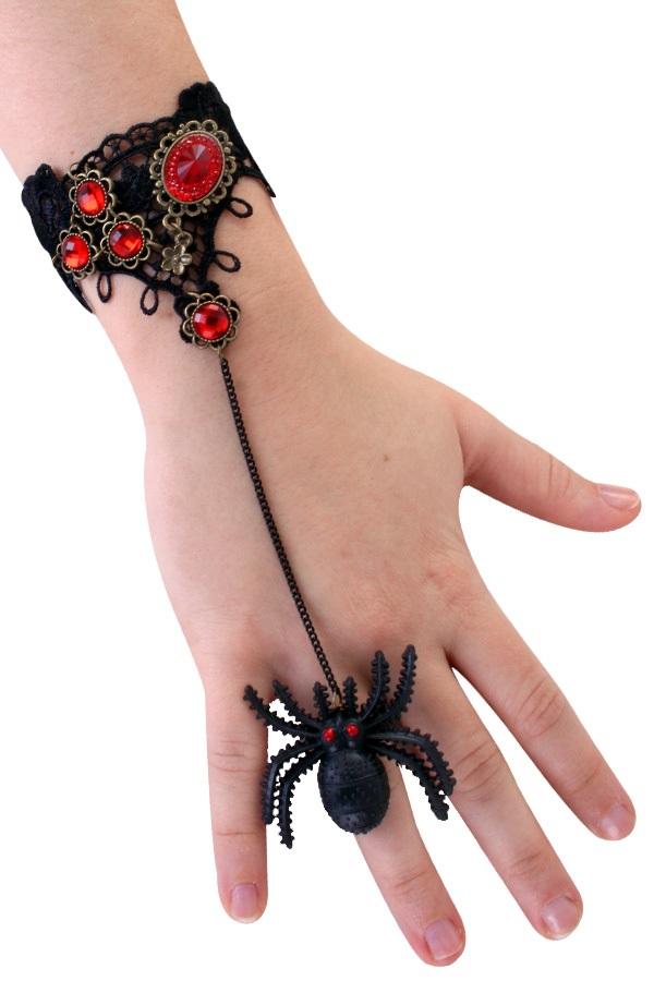 Armband kant met rode steen en spin op ring 1