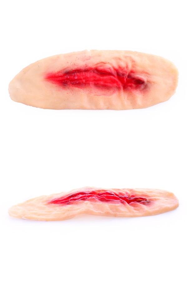 Litteken wond met bloed 1