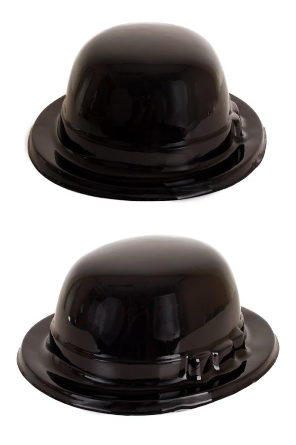 Plastic bolhoed zwart 1