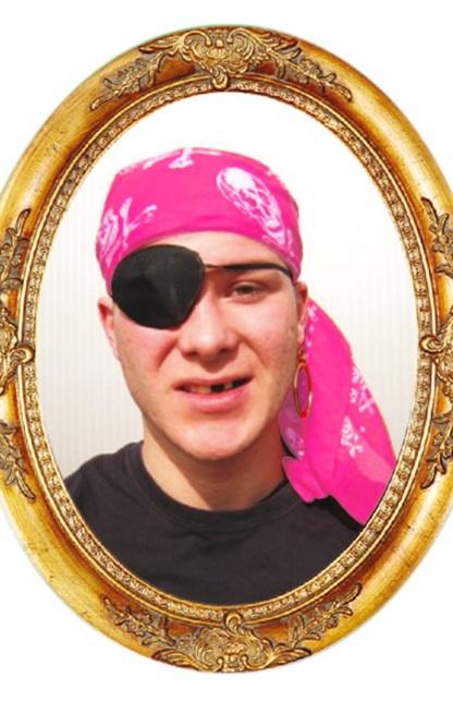Piraten hoofddoek roze met opdruk 70×70 cm 1