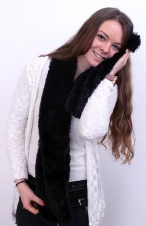 Sjaal fluffy zwart 160 x 12 cm.