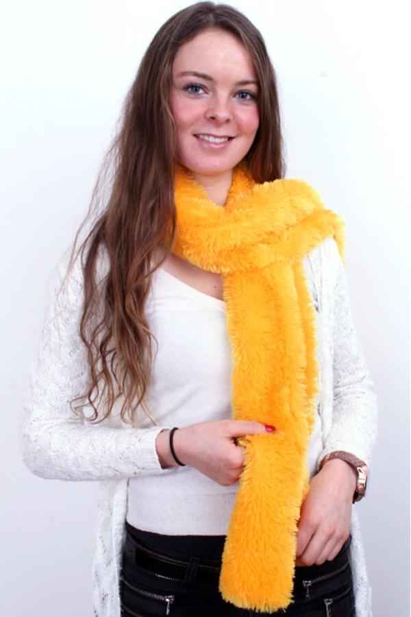 Sjaal fluffy geel 160 x 12 cm