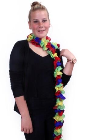 Sjaal met grote schelpjes rood/blauw/geel/groen 175 x 6 cm.